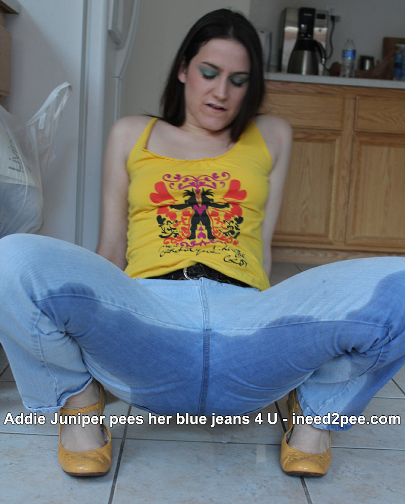 addie juniper wetting jeans pee pissing peeing
